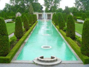 The Formal Garden at Parkwood Estate